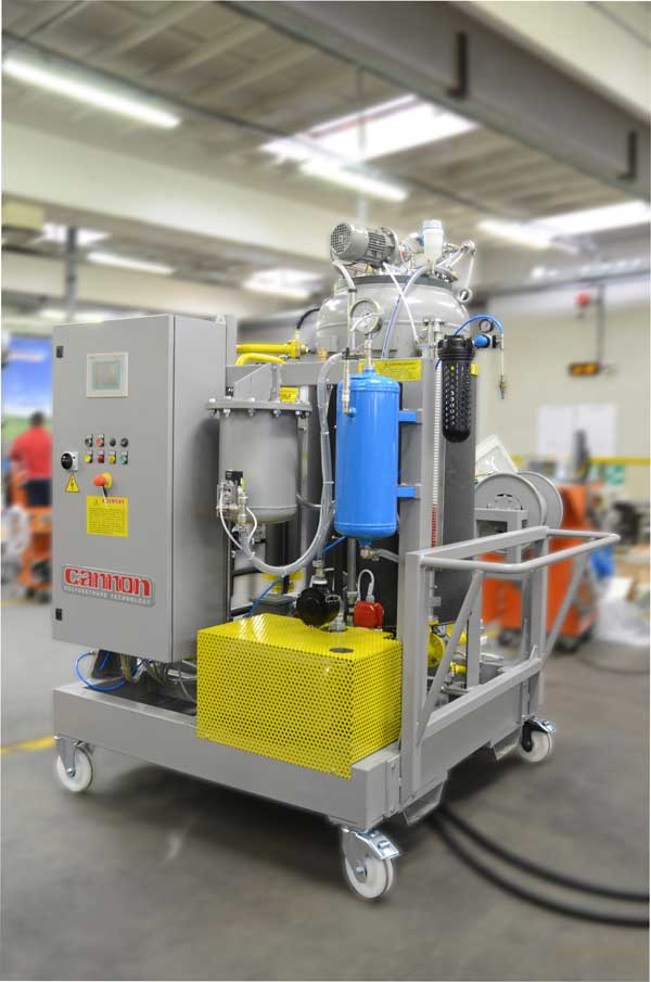 PR 201901 2 Cannon JECWorld2019 8 Cannon degassing unit for Epoxy resin